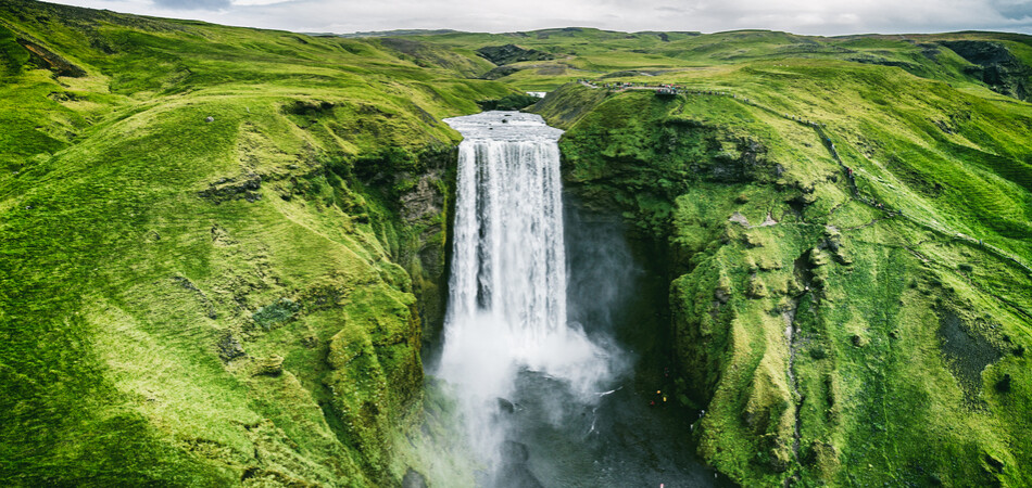 950x450 ORSH_Iceland waterfall Skogafoss