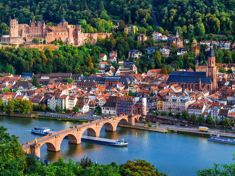 ORSH_Landmarks and beautiful towns of Germany - medieval Heidelberg_cr800x600