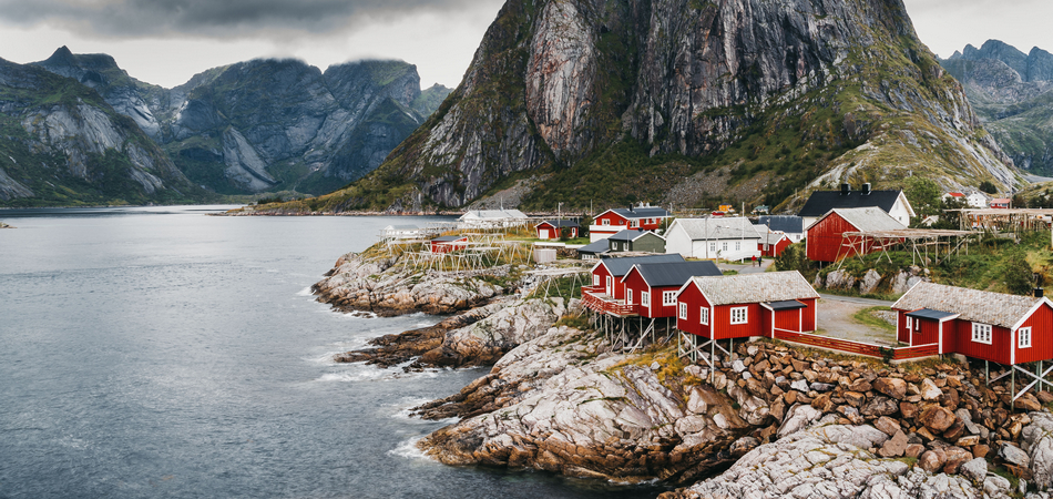 ORSH_A typical image of the Landscape of Lofoten in Northern Norway_950x450
