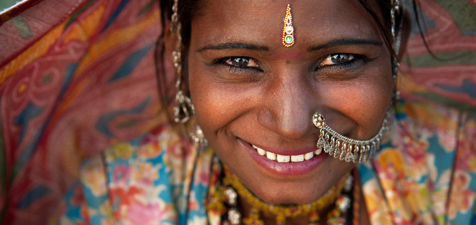 ORSH_Portrait of a India Rajasthani woman_950x450