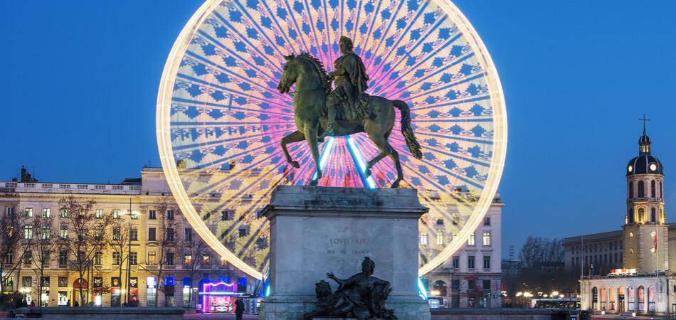 950x450 ORSH_Place Bellecour statue of King Louis