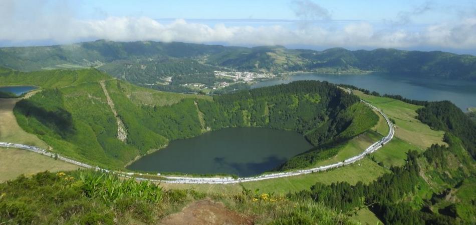 Azores 950x450 7