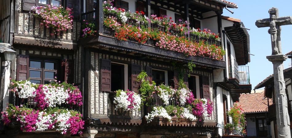 950x4540 Plaza_Mayor_de_La_Alberca_(Salamanca)